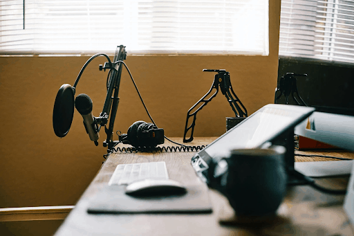 How to Record a Podcast Remotely and get it right Descript